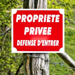 """Panneau """"PROPRIÉTÉ PRIVÉE"""" en aluminium 30 x 25 cm"""